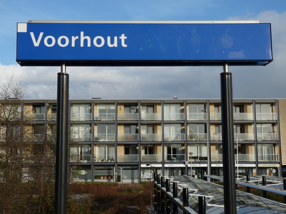 Station-Voorhout-Foto-Stationsbord