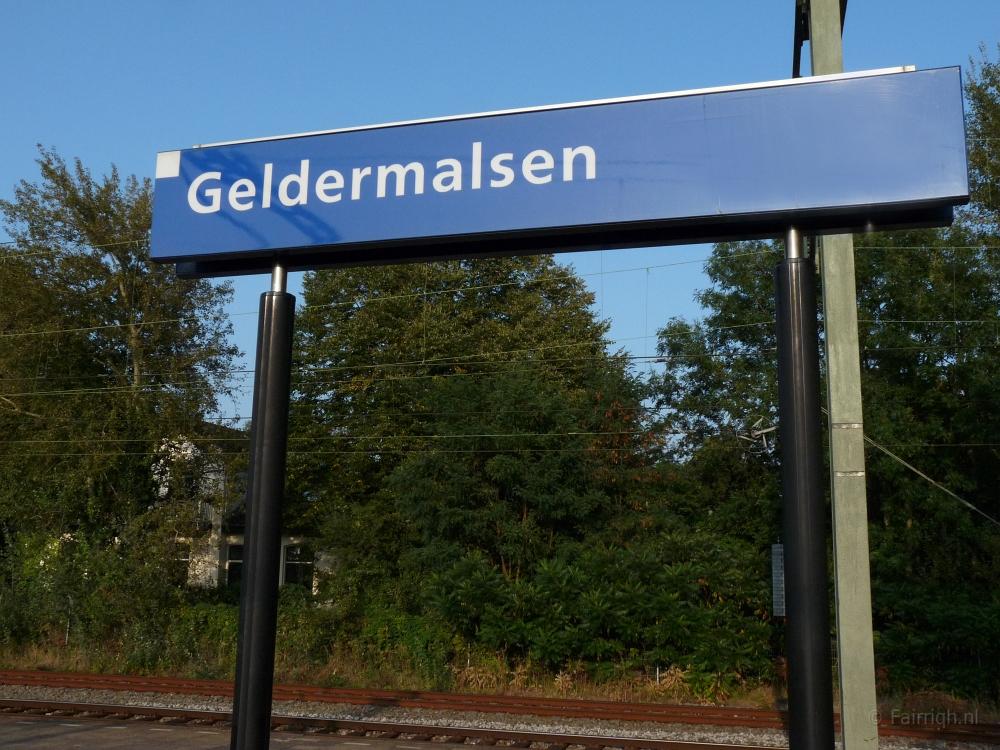 Treinstations Gelderland/Station Geldermalsen - Foto Stationsbord
