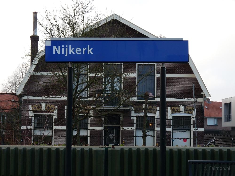 Treinstations Gelderland/Station Nijkerk - Stationsbord Nijkerk