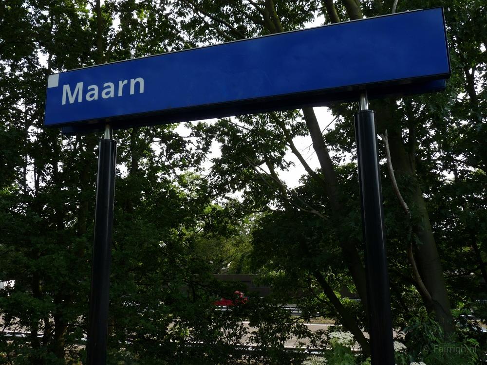 Treinstations Utrecht/Station Maarn - Foto Stationsbord